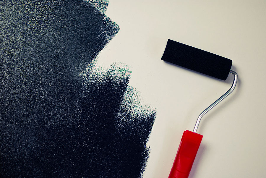 painting-black-paint-roller2